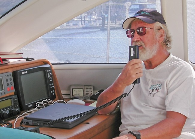 Gunter calls on the VHF radio